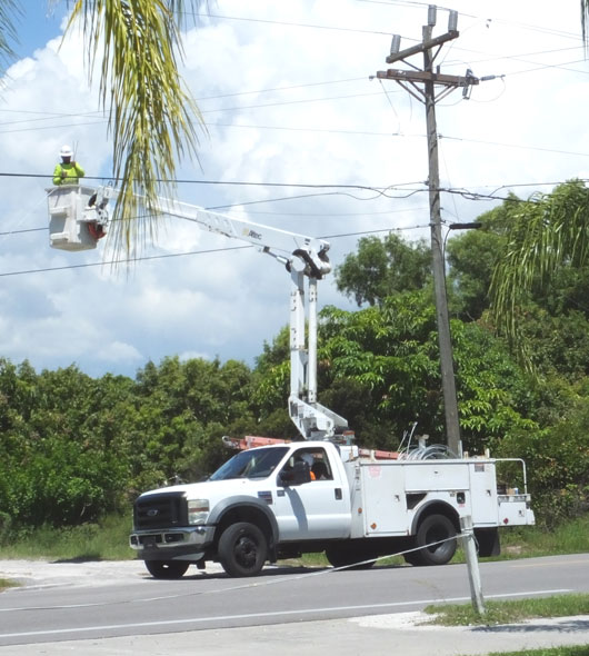 Verizon running fiber optic cable